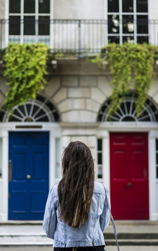 First time buyer's guide: What do estate agents do?